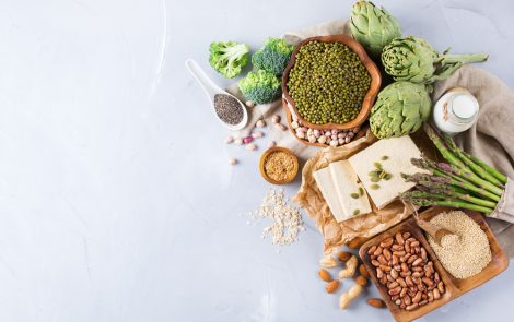Consuming Soy Foods, Cruciferous Vegetables May Reduce Treatment Side Effects, Study Finds